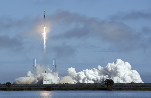NASA, SpaceX bringing astronaut launches back to home turf